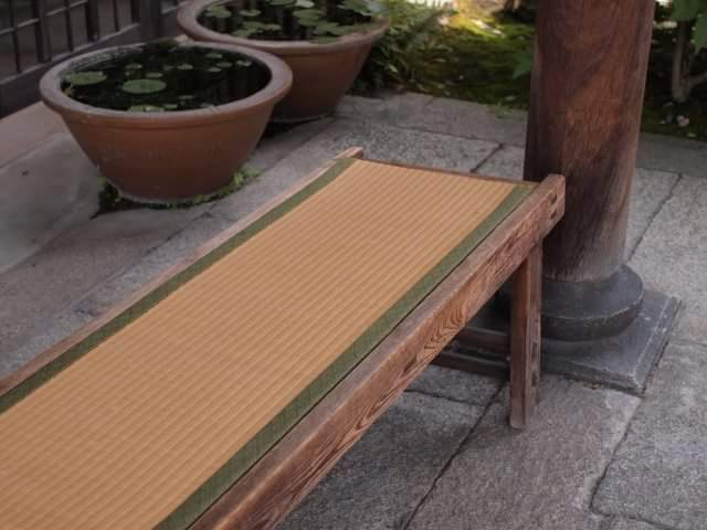 """Summer is the picking season of """"Igusa"""" the material of Tatami"""