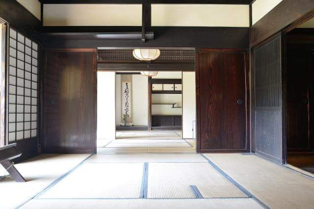 Let's learn the manners of Tatami room