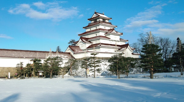 """Winter """"Tsuruga-castle"""" Attractions in Japan with snow"""