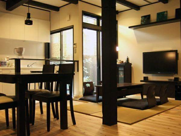 "The tatami guest house in Kyoto named  ""ROUJIYA"""