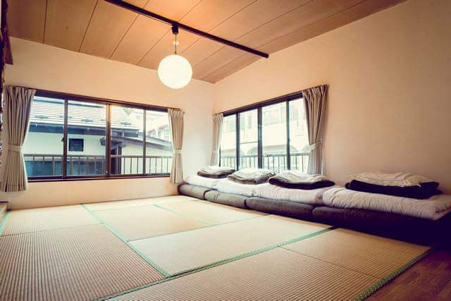 Hot springs and the tatami… A guest house that is only possible in Japan has opened in Hakone, an attractive tourism spot.
