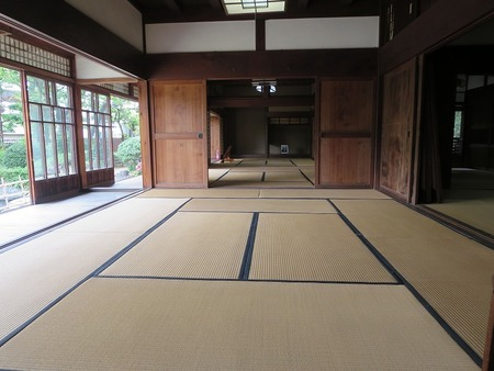 "Heals and calms of the Japanese room The world heritage Tomioka Silk Mill and  ""Jobu Silk road"""