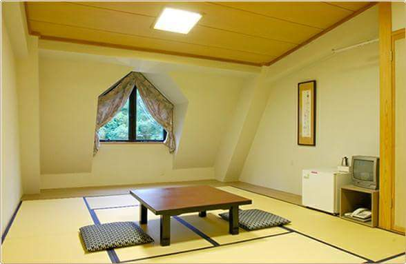 """The tatami floored accommodations"" at former site of the Olympic Games are popular for people from abroad"