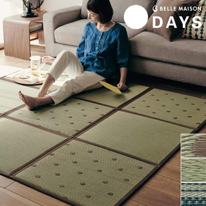 The foldable and storable tatami is popular through online shopping in Japan