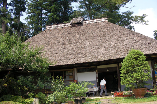 """The Japanese house with the thatched roof and the tatami Want to save """"the treasure in Japan"""" forever"""