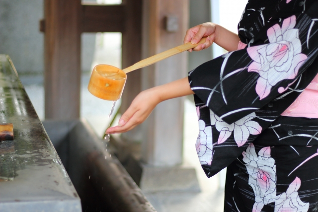 """The charms of """"Yukata"""" that suites with summer night in the Japanese room with the tatami"""