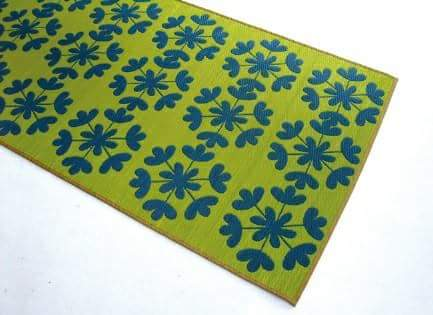 The folding tatami with the pattern like textile
