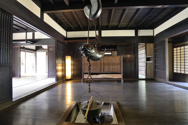 "The wooden house, the tatami, and farming in the nature Experience the ""good old"" life in Japan"