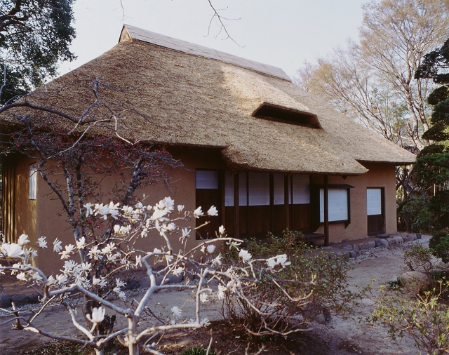 Stroll the castle town with full of Japanese spirit Siraishi-jo Castle, the samurai house, and History museum