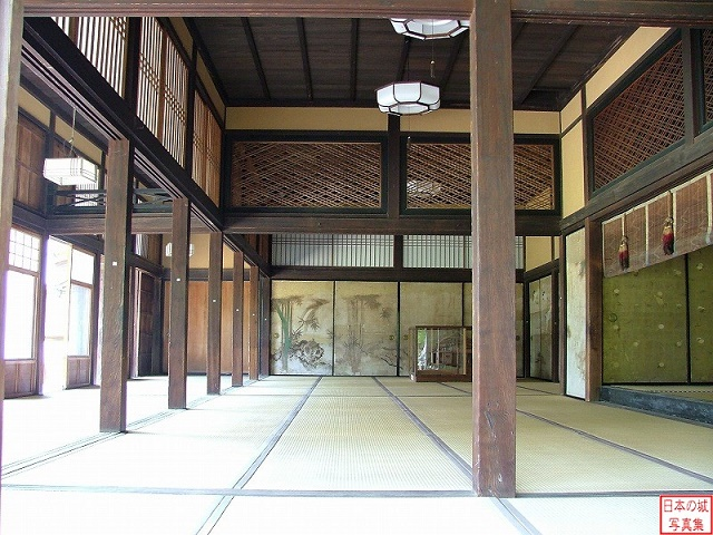 A popular tourist spot to feel Japan    Vol.3 Gohyakurakan and Hikone-jo Castle Tatami floored Shoin (drawing room)