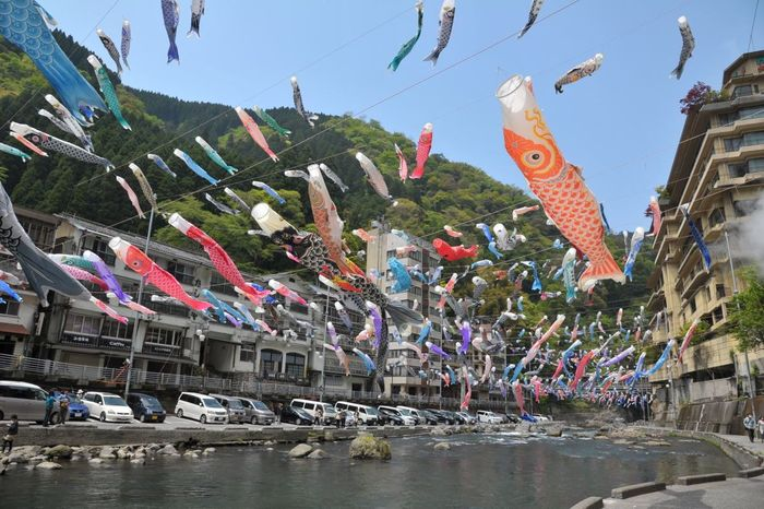 Carp streamers to feel the wind in May Praying for the growth of children