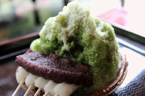 "Enjoy Fireworks displays, wind bells, and Japanese sweets Enjoy ""Japanese summer"" in Fukuroi"
