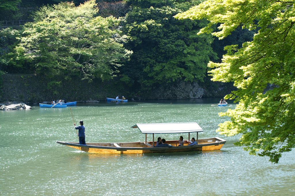 Avoiding the summer heat by the Heian nobles Enjoy the traditional Cormorant-fishing
