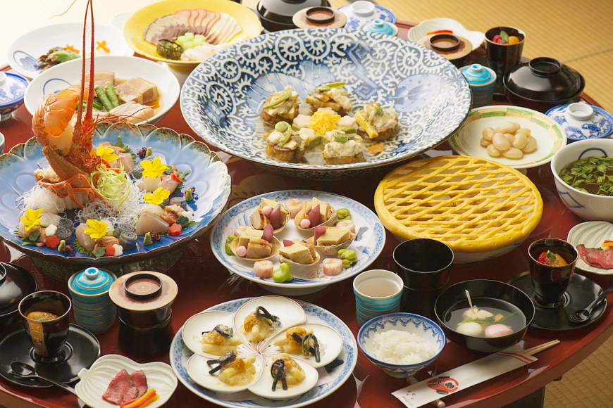 Netherlands, Portugal, China, and Japan Shippoku Dishes in Nagasaki that harmonized different cultures