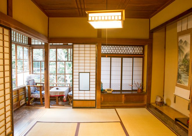 """The place of """"The Izu Dancer""""  decorated by Kawazu cherry trees that are early cherry trees Historic inns and the Japanese atmosphere loved by great writers"""