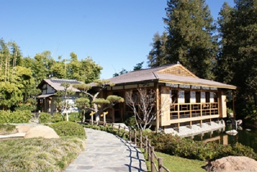 """Enjoy the culture and atmosphere of Japan """"Little Tokyo"""" in Los'Angeles and a Japanese garden """"Suihouen"""""""