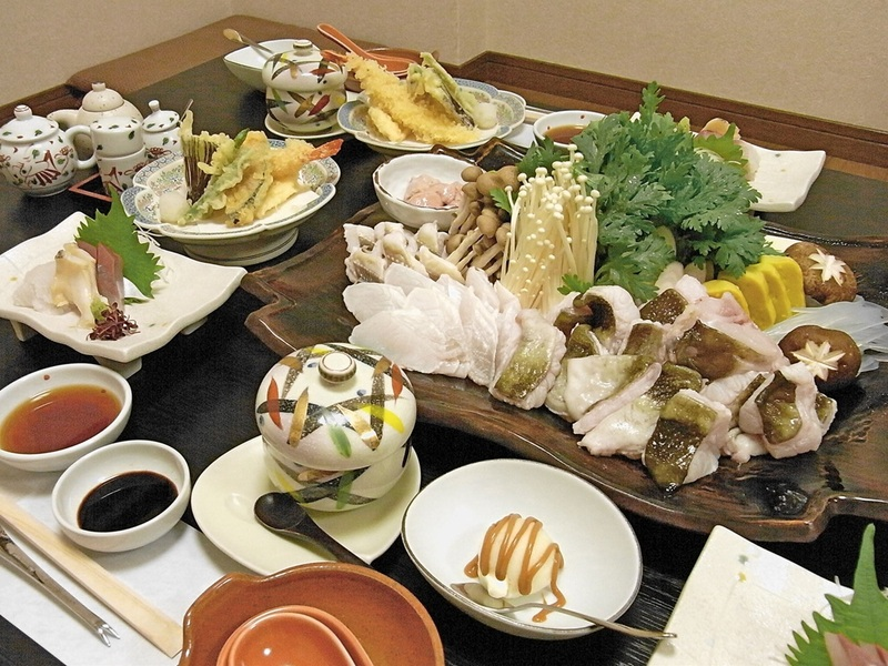 Tottori's Baba-chan hot pot and Showa's guest house