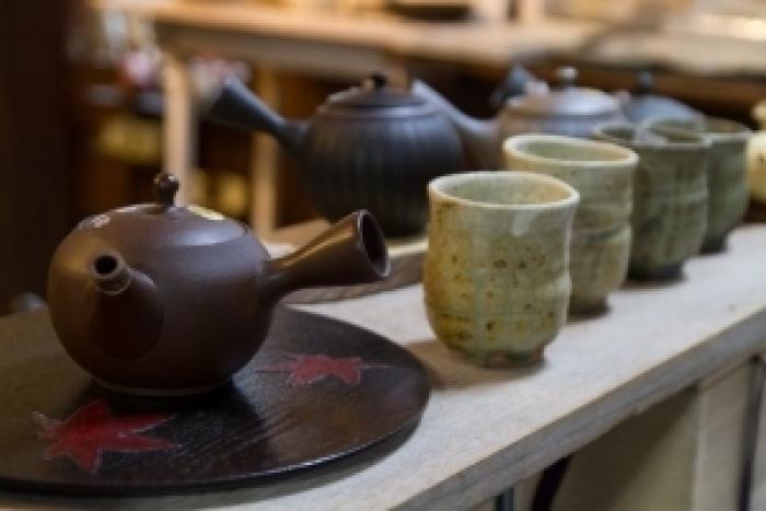 Visit Nihon-Rokkoyoh Tokoname, the town of the potteries, Manekineko, and old folk houses